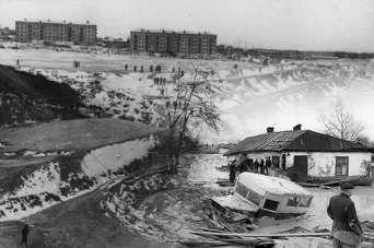 История киевских наводнений: как снесло Куреневку. Фото