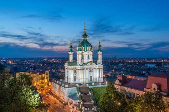 Андреевская церковь уже не развалится