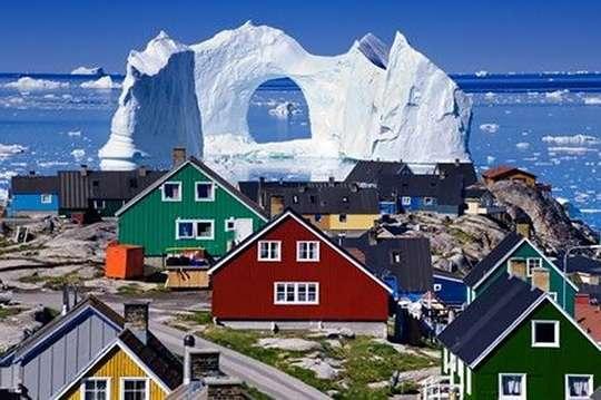 В Гренландии есть настоящий сказочный город. Фото и видео
